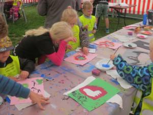 Kunstnerassistenter – gratis tilbud til skolerne i Viborg